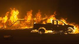 Brucia California, evacuata Malibu