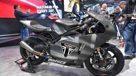 Moto2, il nuovo motore Triumph al Salone di Milano - FOTO