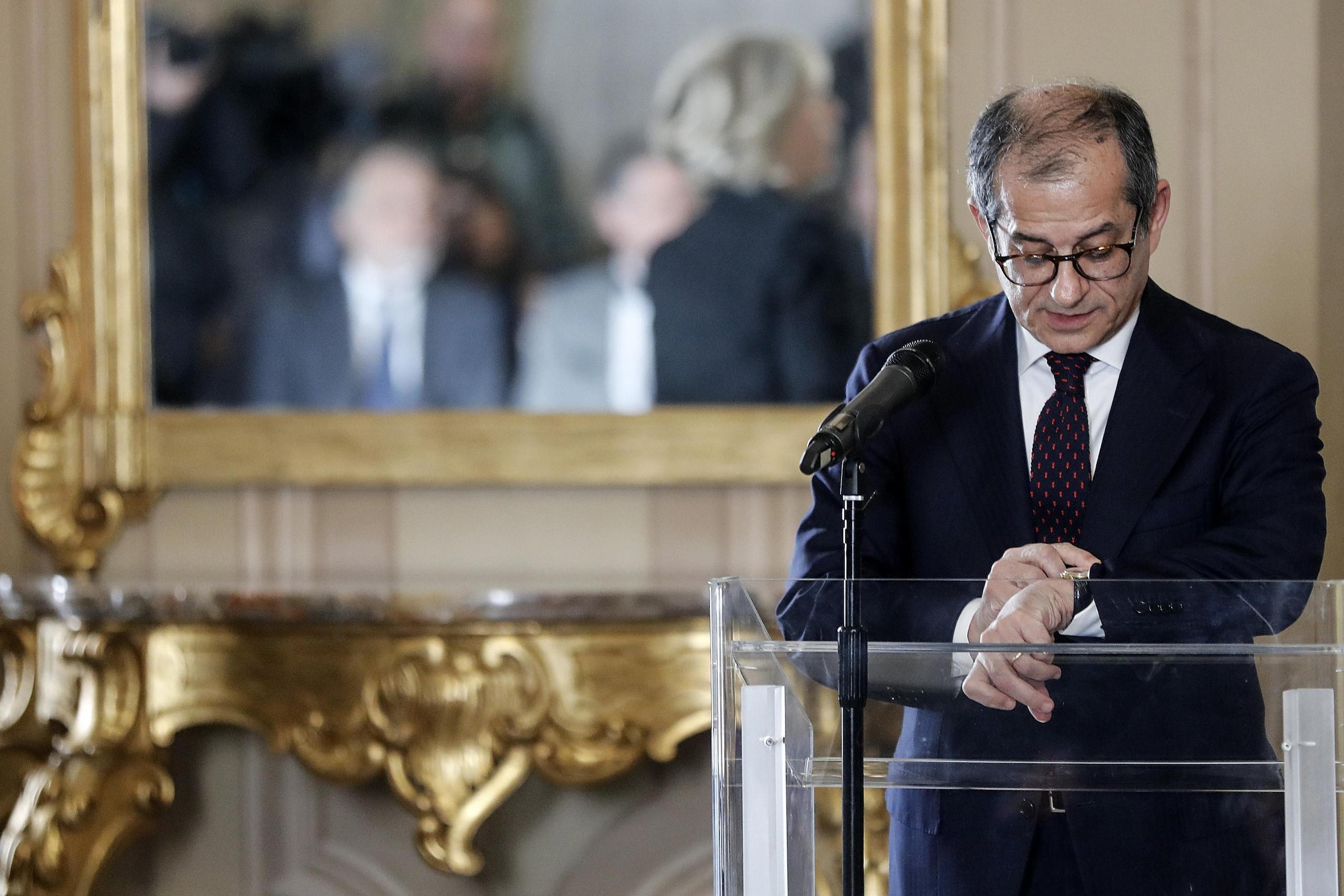 Tria, crescita Italia non si negozia