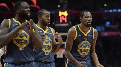 Basket Nba: Golden State ok, ma c'è la grana Green. Houston in ripresa