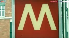 Altra frenata brusca in metro a Milano