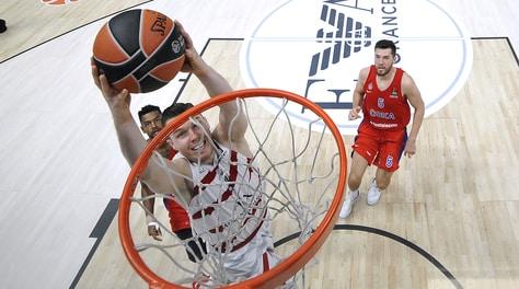 Basket Eurolega, Milano vince anche a Istanbul:battuto Darussafaka 98-92