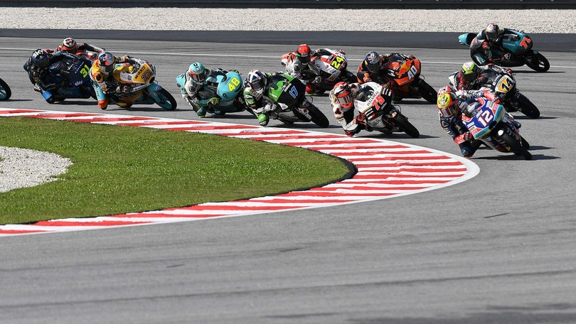Moto3, favola Oncu: il turco vince all'esordio a 15 anni