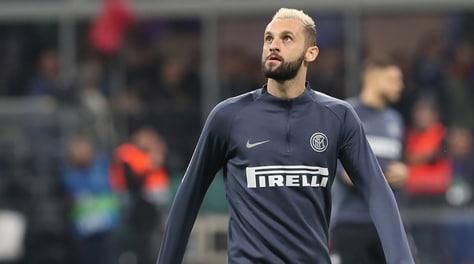 Agente Brozovic: «Clausola a 60 milioni, ma vuole rimanere all'Inter»