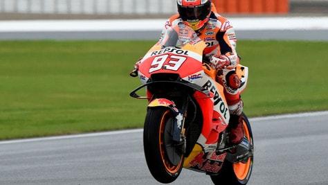 MotoGp Valencia, ancora Marquez: primo nel Warm Up