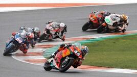 Moto2 Valencia: vince Oliveira, Pasini quarto