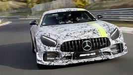 AMG GT R  diventa Pro: la Stella a tutta forza