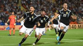 L'Argentina vola con Dybala e Icardi