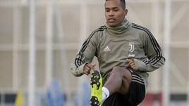 Champions League, la Juventus recupera Alex Sandro: brasiliano in gruppo