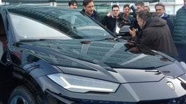 Un noleggio da Capitano: Totti sceglie una Lamborghini Urus da ALD