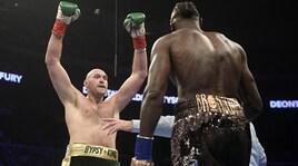 Boxe, Wilder conserva il titolo dei massimi con Fury