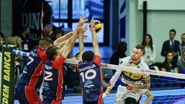 Volley: Superlega, Modena porta via i tre punti da Monza