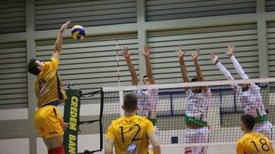 Volley: A2 Maschile, Girone Bianco, Mondovì più vicino alla vetta, Roma primo squillo