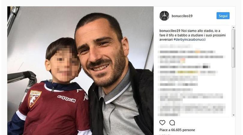 Bonucci posta la foto dei figli, nuovi insulti social