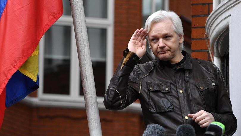 Ecuador, Assange può lasciare ambasciata