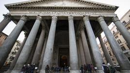 Il Pantheon resta gratis