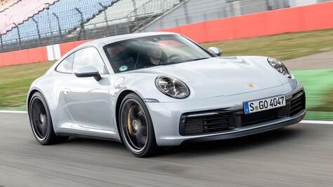 Porsche cambia tutto: ecco come sarà la 911 ibrida