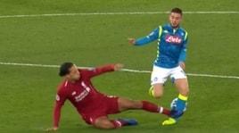 Moviola Champions League, Skomina brutto errore: graziato Van Dijk dal rosso