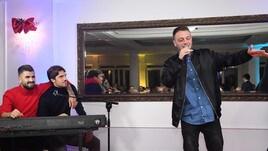 L'X Factor del Napoli: alla cena canta Anastasio