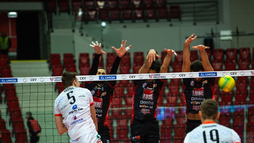 Volley: Champions League, Civitanova fa festa con De Giorgi in panchina