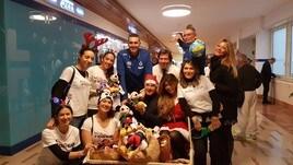 Volley: Giretto e Lucchetta in visita al reparto di oncologia pediatrica del Gemelli