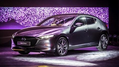 Svolta Mazda3, quando il design si costruisce con la luce