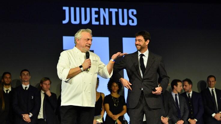 Auguri Di Natale Juventus.Juventus Brindisi Di Natale Cristiano Ronaldo Show Corriere