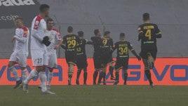 Serie B Brescia-Cremonese 3-2: decide Ndoj. Carpi-Livorno 1-4, doppio Giannetti