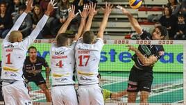 Volley: Superlega, Perugia perde un punto, vincono Modena e Civitanova