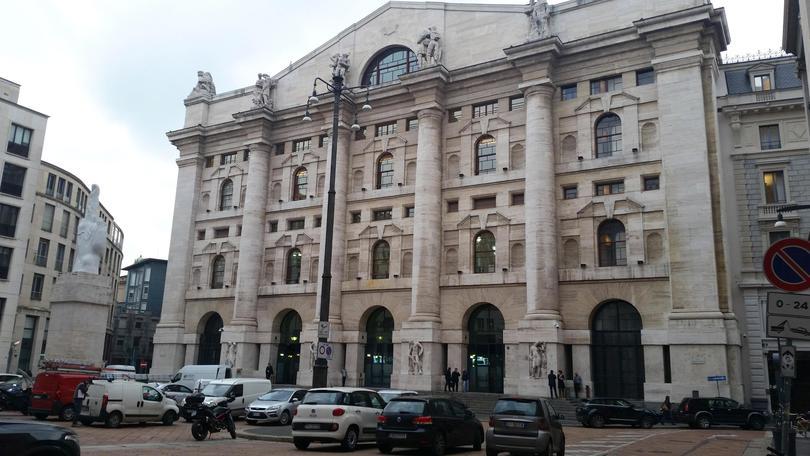 4e280aac58 Borsa: Milano apre in calo (-0,65%) - Corriere dello Sport