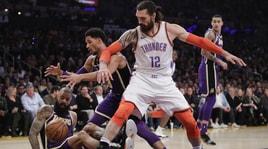 NBA, Los Angeles Lakers sconfitti dai Thunder allo Staples Center