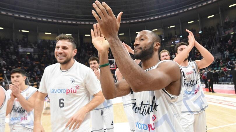 Basket, Serie A2: Bologna allunga a Est, la Virtus Roma fa 100 e centra le Final Eight