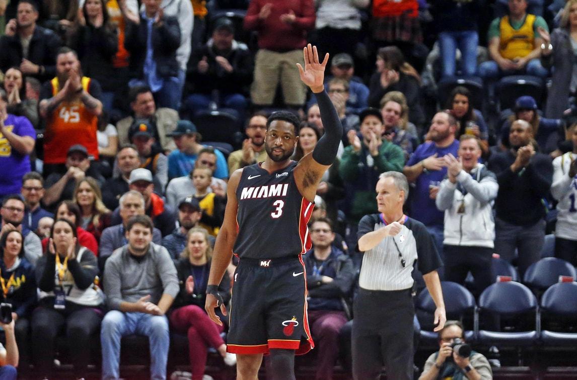 NBA, Dwayne Wade raggiunge 500 triple in carriera