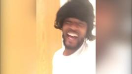 Evra show: cantante con la parrucca!