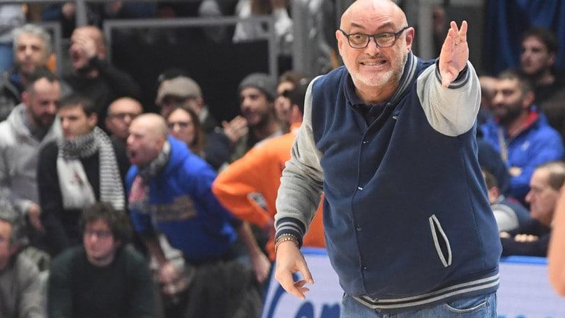 Basket, Pesaro esonera Galli. Boniciolli nuovo allenatore