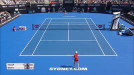 WTA Sydney, la Barty sorprende Simona Halep