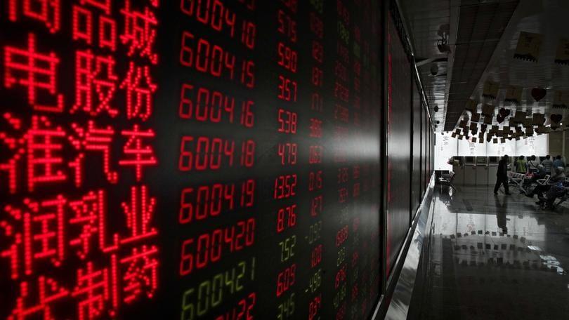 Borsa: Shanghai positiva, apre a +0,18%