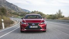Lexus ES, il test completo