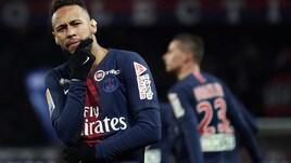 Il padre di Neymar: «Ritorno al Barcellona? Una fake news»