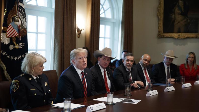 Trump non dichiara emergenza nazionale
