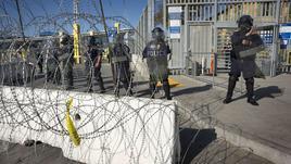 Usa, fallita raccolta fondi per muro