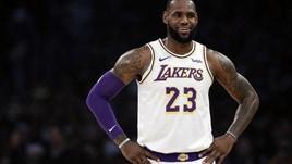 NBA, LeBron James resta fermo: ancora 7 giorni di stop