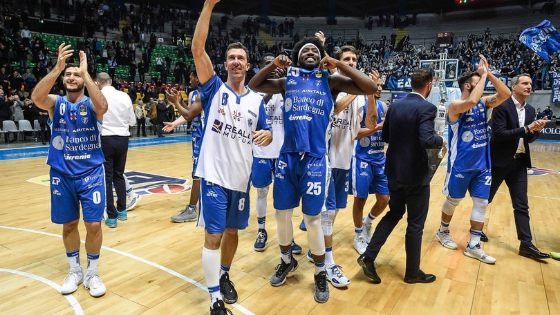 Basket, Serie A: Sassari centra le Final Eight, Brescia batte Venezia