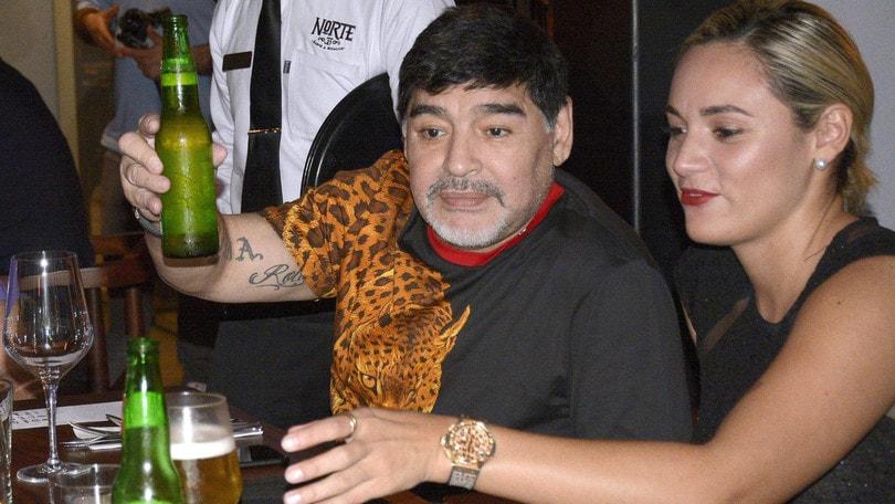 Maradona ha tre figli a Cuba. L'avvocato sicuro: «Li ...