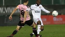 Serie B Palermo-Salernitana 1-2. Decide Casasola nel finale