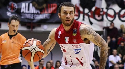 Basket, Eurolega: vince il Baskonia, l'Olimpia Milano fuori dalla zona play off