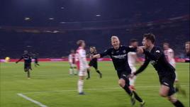 Ajax-Heerenveen 4-4: autogol, VAR e pari al 91'!