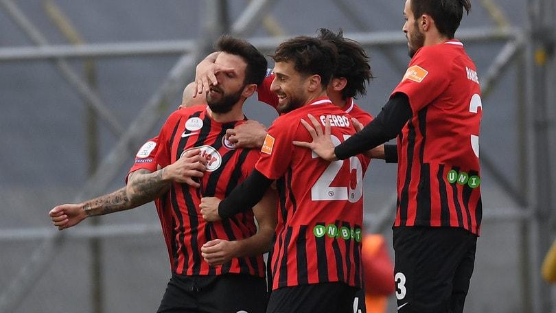 Serie B, Foggia-Crotone: avanti i rossoneri, vittoria a 2,12