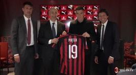 Piatek: «Milan, sono nato pronto. Voglio la Champions»