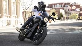 Lo studio: andare in moto abbassa lo stress